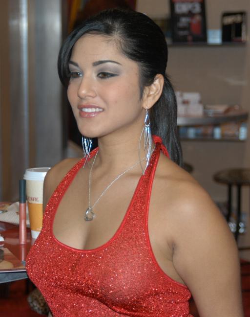 Sunny Leone.JPG